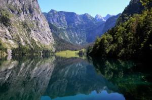lake-143828_640